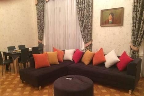 Сдается 2-комнатная квартира посуточно в Баку, Саида Рустамова, 12.