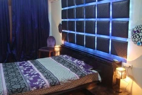 Сдается 2-комнатная квартира посуточно, проспект Азербайджана, 33.