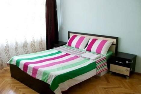 Сдается 3-комнатная квартира посуточно в Баку, Узеира Гаджибекова, 27.