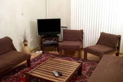 Сдается 2-комнатная квартира посуточно в Баку, проспект Азадлыг, 15.