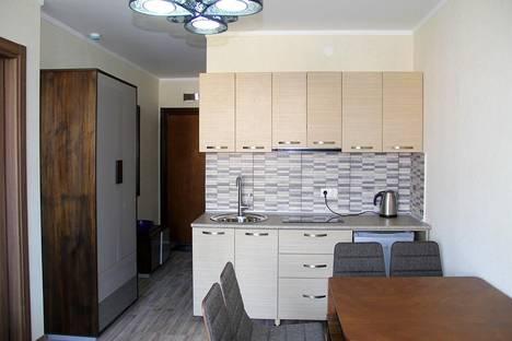 Сдается 2-комнатная квартира посуточно, Кобаладзе, 2.