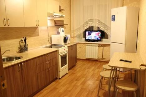 Сдается 3-комнатная квартира посуточно в Кирове, ул. Пятницкая, 56/1.