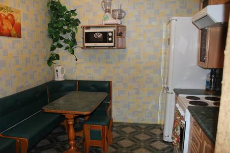 Сдается 2-комнатная квартира посуточнов Барановичах, Репина,60.