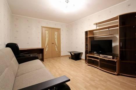 Сдается 3-комнатная квартира посуточно в Ярославле, ул. Которосльная набережная д.30.