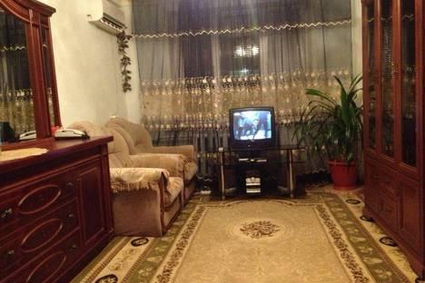 Сдается 2-комнатная квартира посуточно в Махачкале, Энгельса 40.
