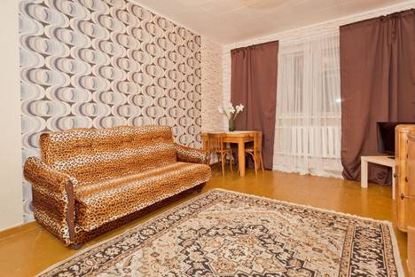 Сдается 2-комнатная квартира посуточнов Нижнем Новгороде, ул. Большая Покровская, 58/1.