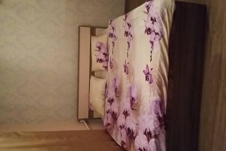 Сдается 1-комнатная квартира посуточно в Георгиевске, Тронина 7/1.