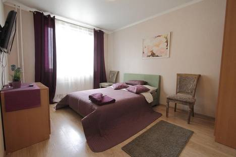 Сдается 3-комнатная квартира посуточно в Люберцах, проспект Победы, 9/20.