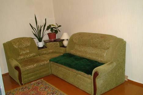 Сдается 1-комнатная квартира посуточно в Череповце, проспект Луначарского, 48.