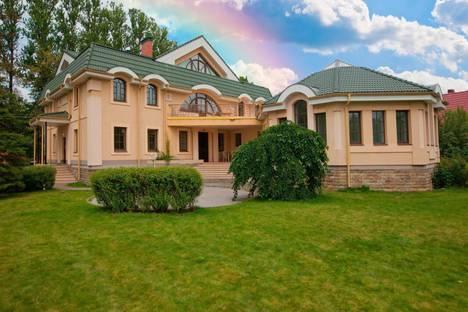 Сдается коттедж посуточно в Санкт-Петербурге, ул. Красного Курсанта, 18.