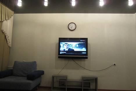 Сдается 1-комнатная квартира посуточнов Нефтеюганске, 15 микрорайон, 11.