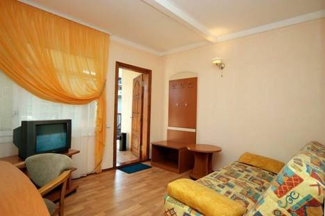Сдается 2-комнатная квартира посуточно в Судаке, Айвазовского, 17, к.1.