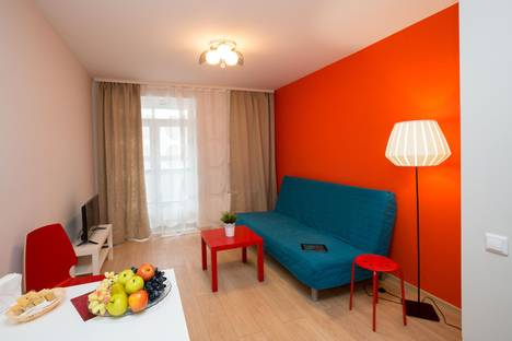 Сдается 1-комнатная квартира посуточно, Ильича 42а.