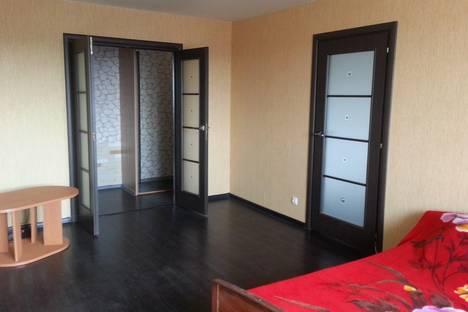 Сдается 1-комнатная квартира посуточно в Берёзовском, ул. Театральная, 2/2.