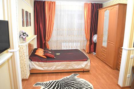 Сдается 1-комнатная квартира посуточно в Казани, ул. Четаева, 30.