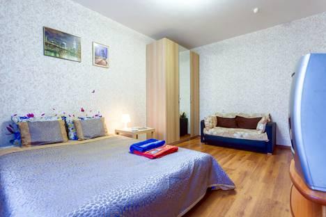 Сдается 1-комнатная квартира посуточно в Санкт-Петербурге, Коллонтай Ул. 5/1.