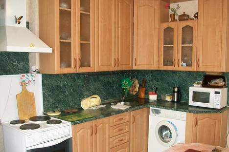 Сдается 1-комнатная квартира посуточно в Анапе, ул. Горького 12а.