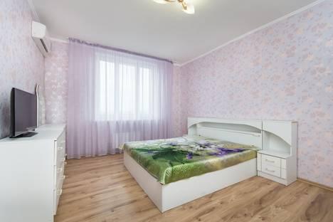 Сдается 2-комнатная квартира посуточнов Казани, Чистопольская, 76.