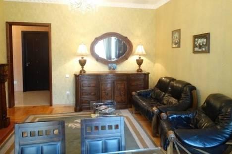 Сдается 3-комнатная квартира посуточно, Леси Украинки, д. 3, корп. 3.