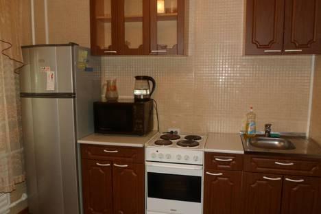 Сдается 2-комнатная квартира посуточно в Усть-Илимске, ул. Белградская, 3.