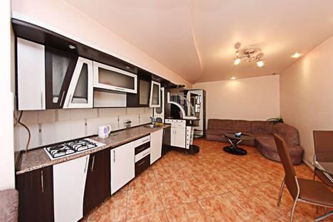 Сдается 2-комнатная квартира посуточно в Ереване, ул. Пушкина, 60.