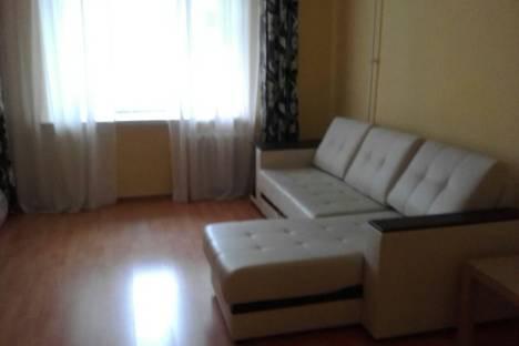 Сдается 2-комнатная квартира посуточнов Казани, ул. Фрунзе, 3.
