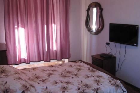 Сдается 2-комнатная квартира посуточнов Пицунде, Агрба, 10.