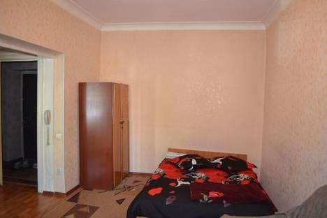 Сдается 1-комнатная квартира посуточнов Бишкеке, ул. Турусбекова, 10.