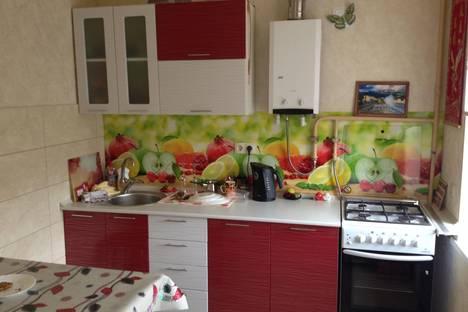 Сдается 1-комнатная квартира посуточно в Новочеркасске, Баклановский проспект, 42.