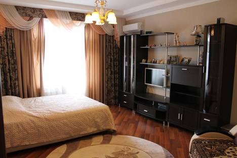 Сдается 1-комнатная квартира посуточно в Геленджике, Шмидта, д.8.