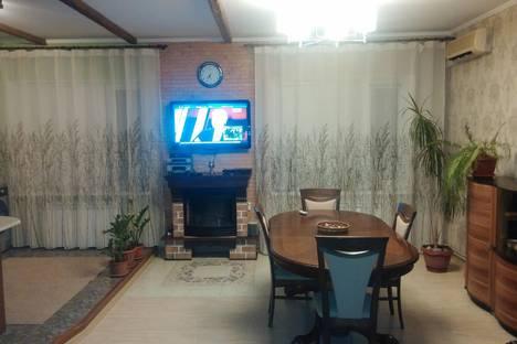 Сдается 2-комнатная квартира посуточно в Геленджике, октябрьская 43а.