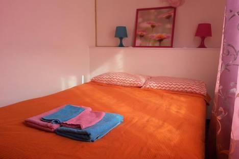 Сдается 3-комнатная квартира посуточно в Мурманске, проспект Героев-североморцев, д.9, к.1.