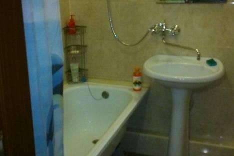 Сдается 1-комнатная квартира посуточнов Чебоксарах, проспект Ленина, 7.