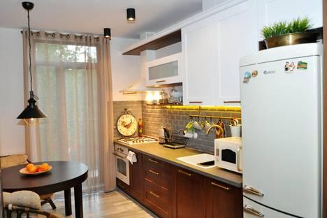 Сдается 2-комнатная квартира посуточнов Пионерском, ул. Каштановая аллея, 63.