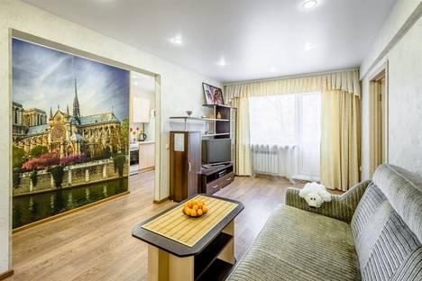 Сдается 2-комнатная квартира посуточно в Иркутске, ул. Байкальская, 192.
