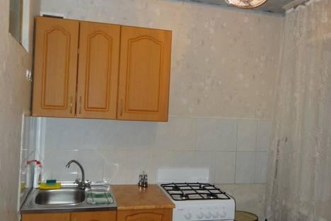 Сдается 2-комнатная квартира посуточно, ул. Севастопольская, 54.