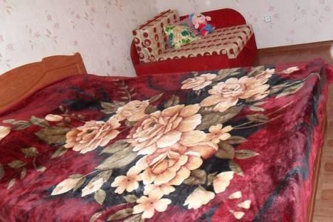 Сдается 2-комнатная квартира посуточно в Саках, Кузнецова  18.