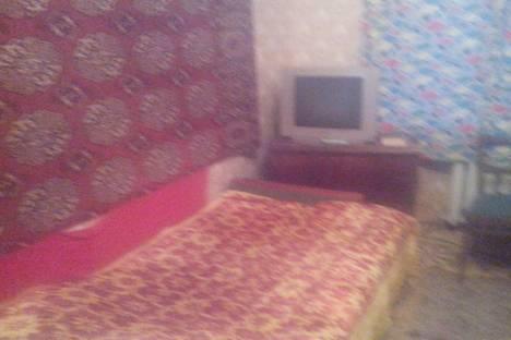 Сдается 3-комнатная квартира посуточно в Дзержинске, Пожарского, 7.