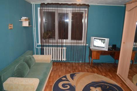 Сдается 1-комнатная квартира посуточно в Новоалтайске, ул. 8 микрорайон, 27.