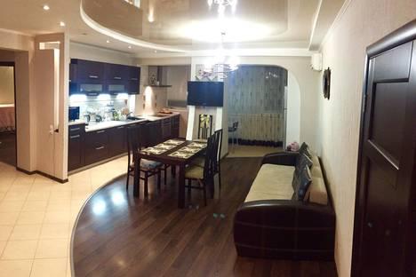 Сдается 3-комнатная квартира посуточно в Краснодаре, Офицерская,36.