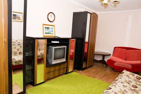 Сдается 1-комнатная квартира посуточно в Омске, Иртышская набережная 15Б.