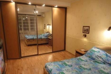 Сдается 2-комнатная квартира посуточно в Надыме, Заводская, 1.