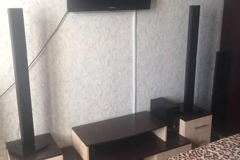 Сдается 1-комнатная квартира посуточно в Салехарде, ул. Республики, 75.