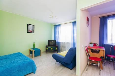 Сдается 1-комнатная квартира посуточно в Екатеринбурге, ул. Волгоградская, 190.