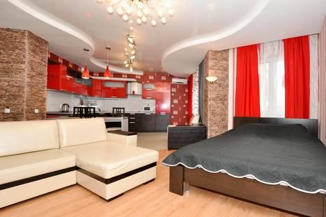 Сдается 1-комнатная квартира посуточнов Екатеринбурге, Шевченко,20.