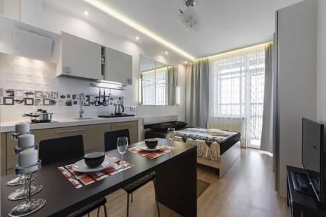 Сдается 1-комнатная квартира посуточно в Санкт-Петербурге, ул. Адмирала Черокова, д18 к1.