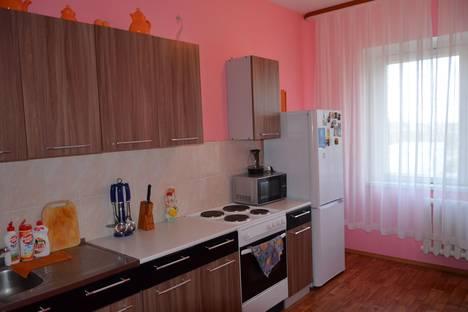 Сдается 3-комнатная квартира посуточно в Нижневартовске, ул. Героев Самотлора, 27.