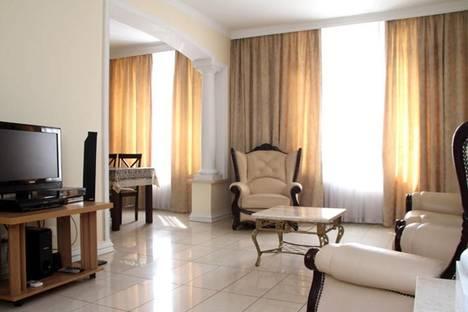 Сдается 2-комнатная квартира посуточно в Кишиневе, пр-т Штефан чел Маре, 13.