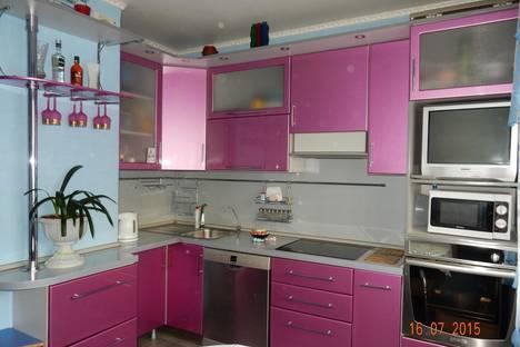 Сдается 2-комнатная квартира посуточно в Люберцах, Комсомольский проспект дом 17.