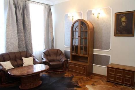 Сдается 3-комнатная квартира посуточно в Кишиневе, ул. 31 Августа, 139.